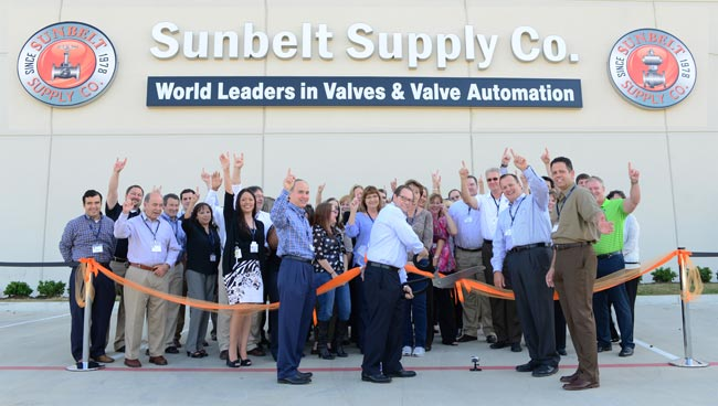 Above, front: Larry Feld, President of Valves and Automation Sunbelt Supply; Frank Riddick, Chief Executive Officer of Shale-Inland; Rob Beardmore, Vice President of Sales Sunbelt Supply; and Paul Rangel, Director of Business Development Sunbelt Supply, join the team in officially opening the state of the art headquarters and warehouse facility conveniently located at 3720 Texas 225 in the Houston ship channel area.